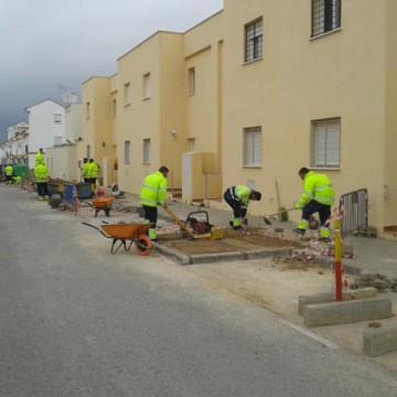 Obras en una de las calles de Puerto Real