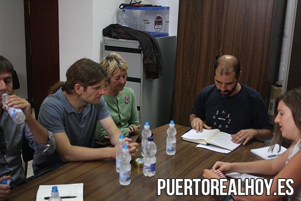 Miembros de EQUO y Sí Se Puede Puerto Real cuando negociaron el pacto en 2015.