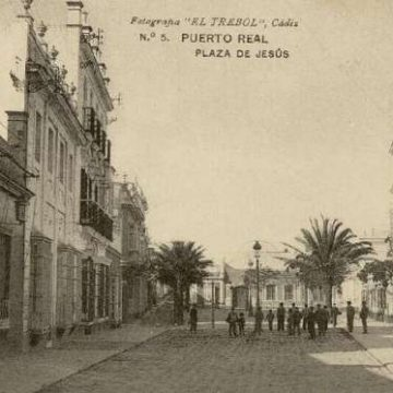 Calle de La Plaza con la Plaza de Jesús Al Fondo.