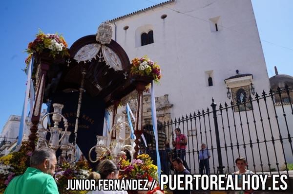 El Rocío de Puerto Real a su paso por la Prioral