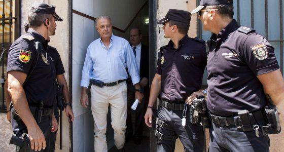 Ángel Ojeda, a la salida de los juzgados