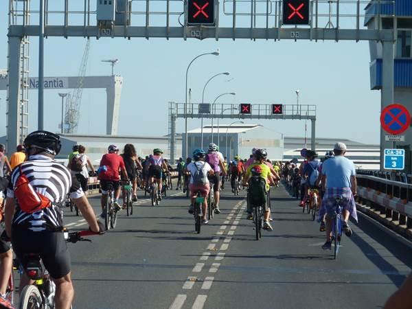 Bicifestación por el Puente Carranza