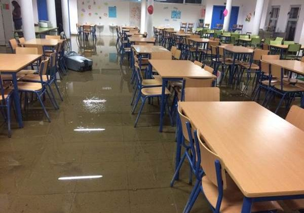 Colegio de Jerez inundado