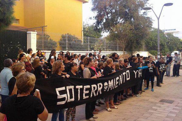 Vecinos del Río San Pedro, pidiendo el soterramiento de los cables