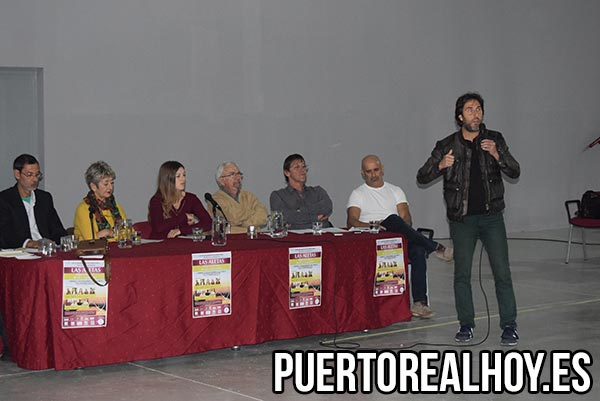 Jesús Rodríguez explica parte del Proyecto de Las Aletas