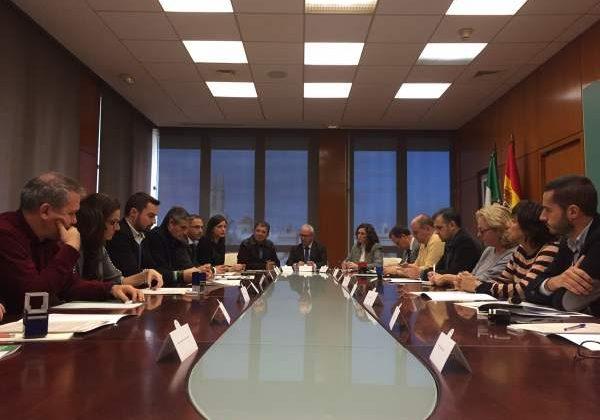 Reunión entre Junta, Diputación y Ayuntamientos