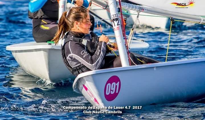 Alba Sierra en el Campeonato de España Láser 4.7