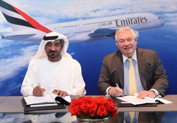 Firma del acuerdo entre Emirates Airlines y Airbus