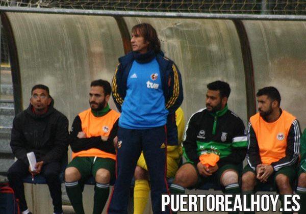Yeyo Ramírez, entrenador del Puerto Real CF.