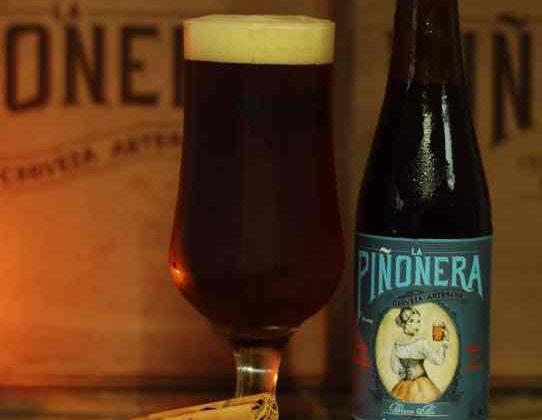 """Cerveza """"Winter Ale"""" de La Piñonera."""