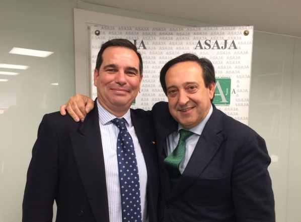 Pedro Gallardo, con el presidente de ASAJA.