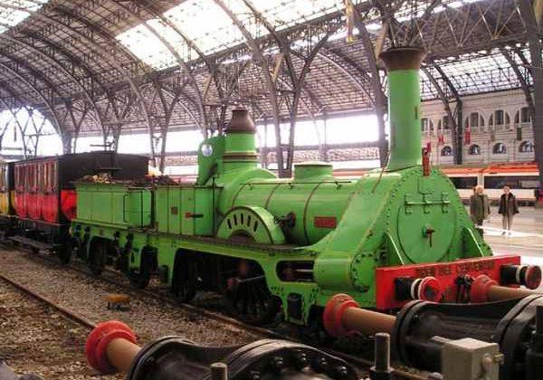 Primera locomotora que circuló en España