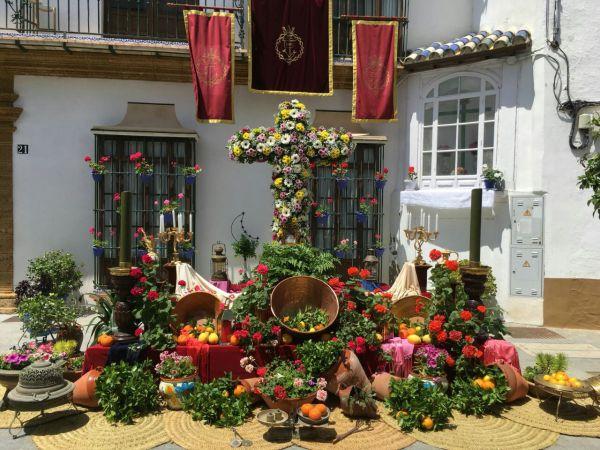 Cruz de Mayo de la Hermandad de la Vera-Cruz.