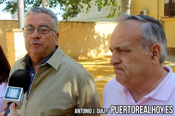 Vicente Fernández junto a Carlos Juárez.