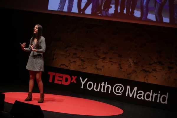 Pilar Daneri en la TEDx Youth de Madrid.