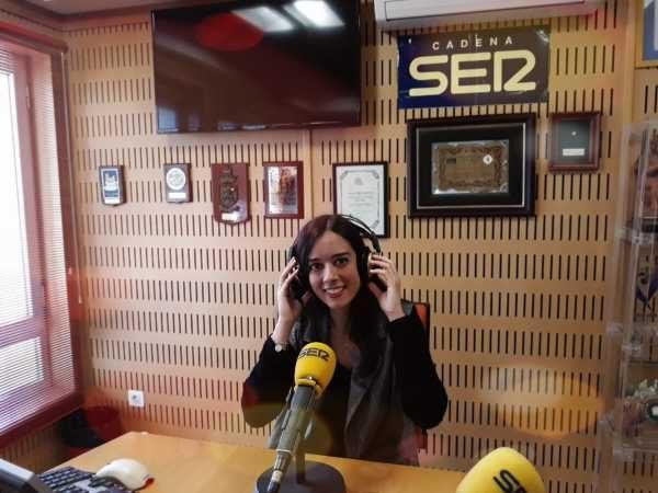 Pilar Daneri, durante una entrevista en la Cadena SER.
