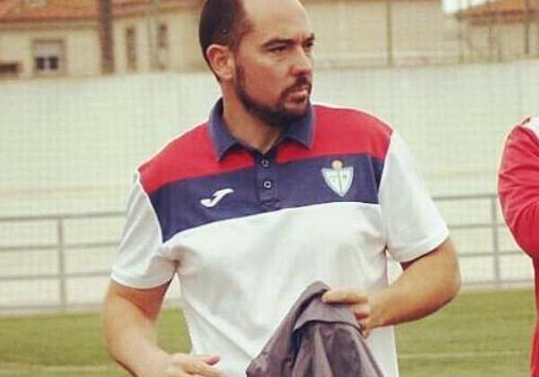 Miguel Ángel Nebro, entrenando al CD La Salle.