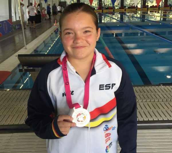 Aitana Estada, con la medalla de plata en los Paraworld Games 2018.
