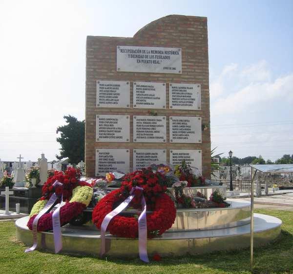 Monumento a los fusilados por la Guerra Civil en Puerto Real.