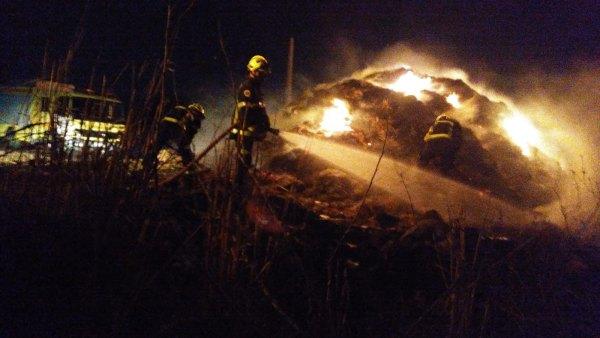 Incendio en un pajar de El Algarrobo.