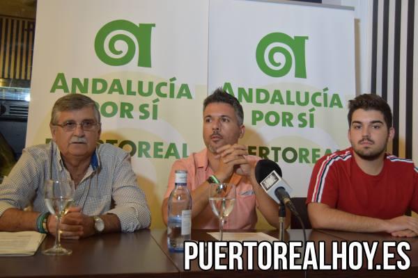 Fernando Boy (Candidato a la Alcaldía), José Manuel Acosta (Secretario Local) y Alfredo Fernández (Portavoz del PA).