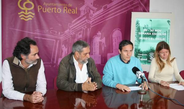"""Presentación de la actividad en el Museo """"El Dique""""."""