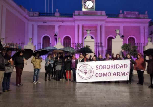 Manifestación contra la violencia de género en la Plaza de Jesús.