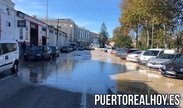 Zona inundada de Cruz de La Degollada tras la rotura de la tubería.