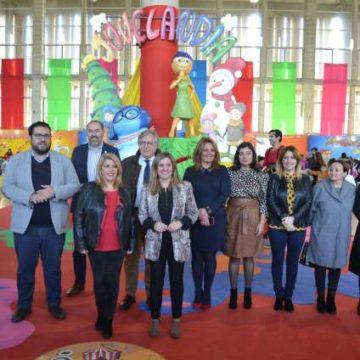 Miembros de la Diputación de Cádiz en Juvelandia 2018.
