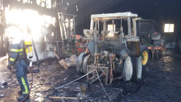 Incendio en Cortijo Guerra.