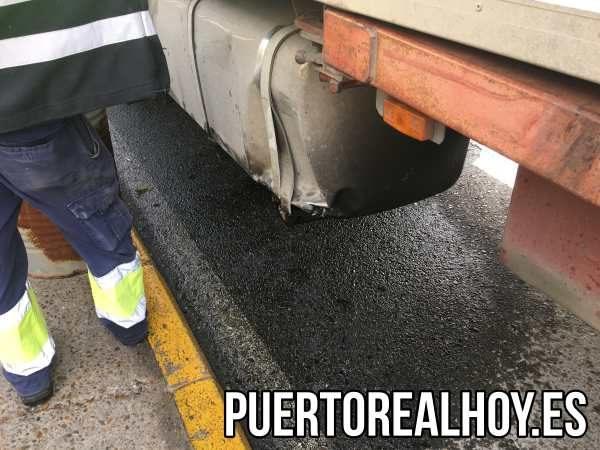 Tanque del camión accidentado.