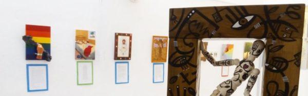 Exposición de La Máquina Creativa en el Centro Cultural del Paseo Marítimo.