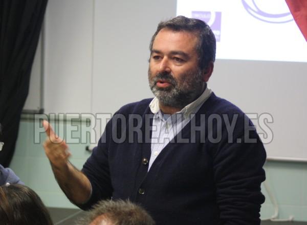 Antonio Baeza, en una asamblea inicial de Podemos